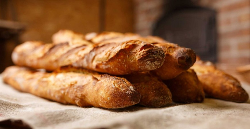 Easy homemade recipe: French baguette