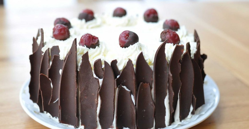 History and recipe of the delicious black forest cake